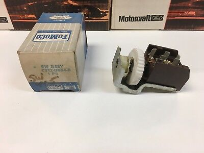 NOS 1962 1963 1964 Ford Truck Headlight Switch C-CT-550 to 1100 Series H-HT