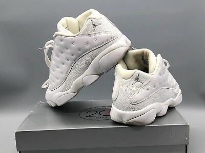 design intemporel 73be6 60e8a NIKE AIR JORDAN Rétro 13 Basses Blanc/ Argent/ Blanc 310810 103