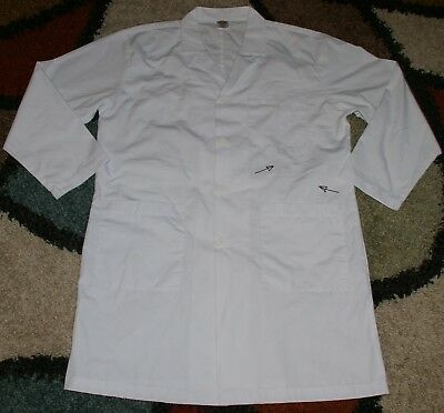 "Dickies Woman L/S Lab Coat 4 button & 3 Pockets 38"" Length White Size Medium"