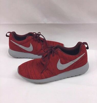 d5af1c9182190 Nike Roshe One Dark Team Red Wolf Grey 599728-607 Youth Size 7Y Sneakers
