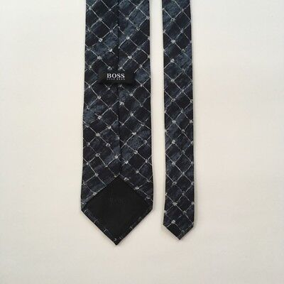 Hugo boss tie blue with light gray made in Italy 100% silk necktie pa0047