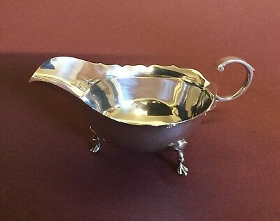1958. ENGLISH HALLMARKED  SILVER SAUCE/GRAVY BOAT, ADIE BROTHERS Ltd Birmingham