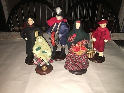 The Original Dickens Dolls Four Sisters Christmas Doll Lot 1995