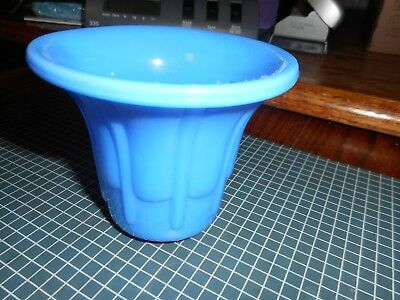 """Akro Agate Slag #297 Smooth Top Ribs & Flutes Flower Pot, Solid Blue, 3"""" tall"""