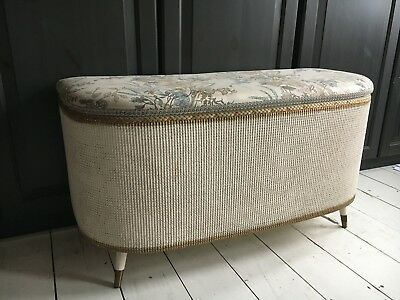 Retro Vintage 1950s Lloyd Loom White Wicker Ottoman/Blanket/Storage/Toy Box