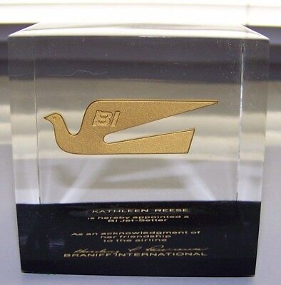 "BRANIFF INTERNATIONAL ""Jet-Setter"" Presentation Paperweight w/Girard Dove Wings"