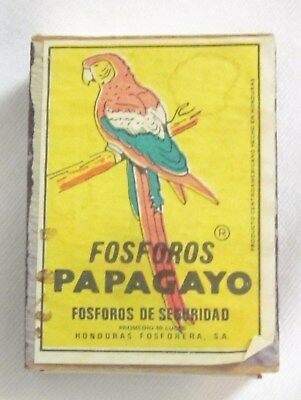 "Vtg Match Box HONDURAS fosforos PAPAGAYO 1 ½""x2"" empty MATCHBOOK"