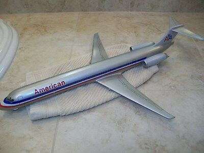 Wesco American Airlines MD-82/83 model plane 1/100