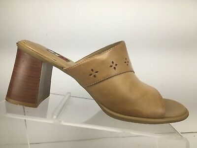 daa91b6b665 Vintage TOMMY HILFIGER Womens Sandals Leather Open Toe Mules Heels Size 8.5  M