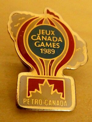 Pin's Badge Ballon  Montgolfiere Balloon Jeux Canada  Games