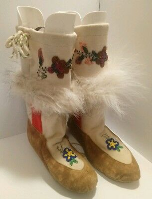 Vintage Hand Beaded Mukluks Canada Cree Indian