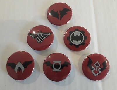 Batman Dark Nights Metal Badges Set of 6 Promotional DC Synder Comics Knights