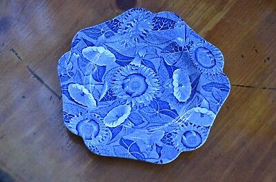 """9 1/2"""" Spode Blue Room Collection plate, Sunflower pattern in blue and white"""