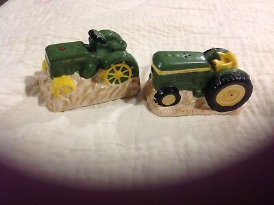 John Deere Tractor Pair of Salt and Pepper Shakers Never Used