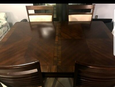 Dining Room Table with Chairs - American Signature Furniture LOCAL PICK UP ONLY