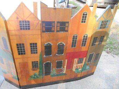 Vintage Collectible Decorative Fire Place Screen