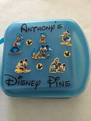 Disney Pin Trading Case MICKEY & FRIENDS Pinfolio, Carrier,Tote, Bag, Book