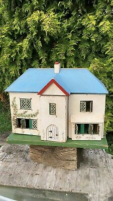 Beautiful Antique Vintage Wooden Dolls House With Opening Doors *