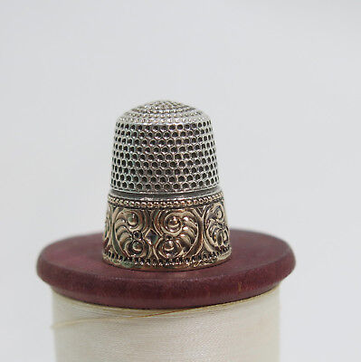 Stern Brothers Sterling Thimble Gold Band of Flowers Scrolls  7 Anchor Hallmark
