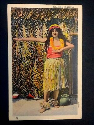Postcard Vintage Linen 1942 Hawaii  Hula Girl Honolulu Grass Shack