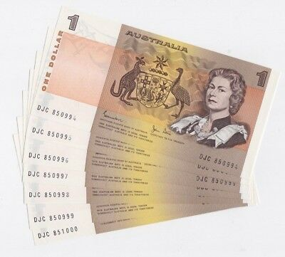 7 x 1982 $1 Johnston & Stone paper notes - Consecutive & UNC Great Serial Number