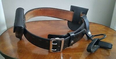 Vintage black leather police security belt w/ cases size 32 Bianchi Don Hume