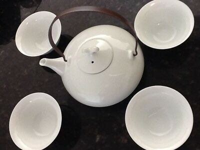 5 piece Japanese Tea Set Tea Pot & 4 Cups lid handle set gift box White set