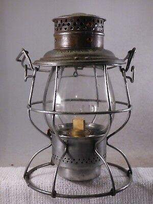 Ft W & DC RR Reliable railroad lantern w/clear etched FW&DC Ry ext base globe