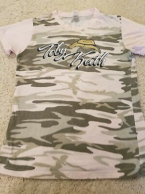 Toby Keith Women's T-shirt, size M