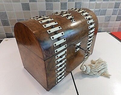 ANTIQUE 19thC BURR WALNUT TEA CADDY WITH TEA & BOWL COMPARTMENTS- LOCK & KEY