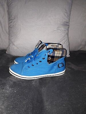 Girls Womens Golf Coast Trainer Shoes Boots Blue & Cream Multi Check Size 5 Nwot