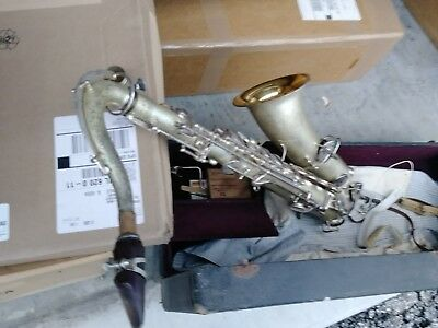 Antique Crusader Low Pitch Tenor Saxophone Sax Silver & Gold Red Mouthpiece Case