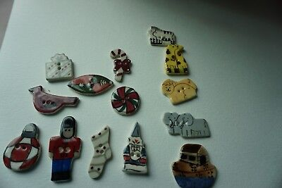 Vintage Buttons (14) Ceramic  Christmas And Noahs Ark