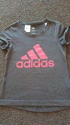 Adidas Girls Top Size 9 - 10Excellent Condition