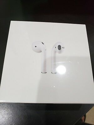 Brand New Apple AirPods White Sealed Retail Box, with charging Case MMEF2AM/A !!