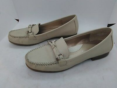 d5eeafd017c Mootsies Tootsies Mallory Women s Beige Tan Loafers Size 7M