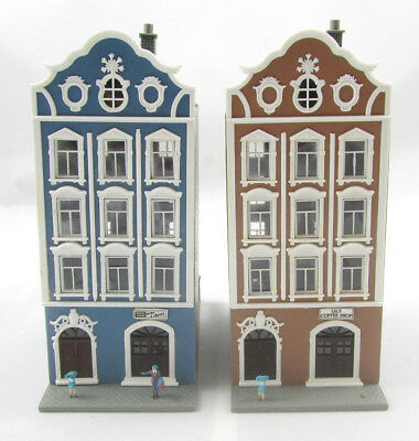 POLA SET OF 2 Buildings for Model Train Layout w  Lights - HO Scale