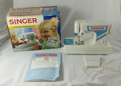 Retro Collectable 1990 SINGER Chainstitch Childrens Kids Battery Sewing Machine