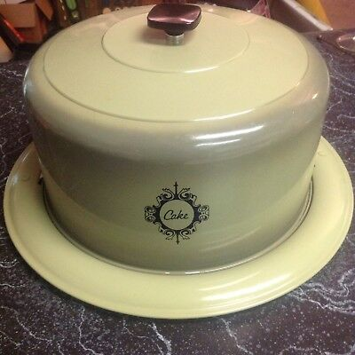West Bend Avacado Green 1950's Vintage Cake Server Carrier With Locking Lid
