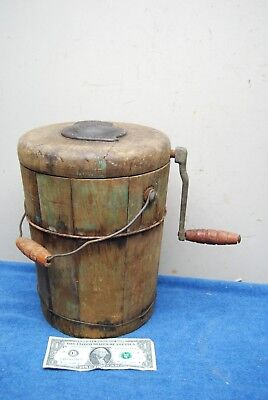 Antique Primitive Minute-Man Fre Zee Zee Hand Crank Wooden Ice Cream Maker 2qt.