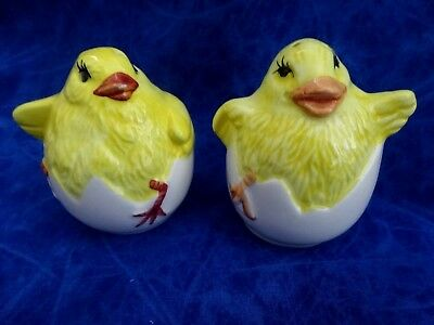 Vintage Salt And Pepper Shakers Two Chickens Hatching