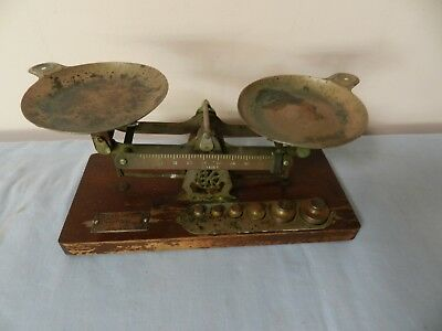 Vintage Avoirdupois Scales with 6 Bottle Weights