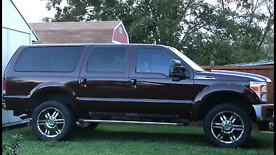 2000 Ford Excursion  2000 excursion limited 4x4 6.8L gas engine F 250 conversion lifted