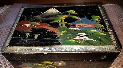 Vintage Black Lacquer Asian Jewelry Box*Musical*Key*Handpainted