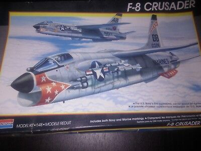Monogram, 5826, F-8 Crusader, 1:48