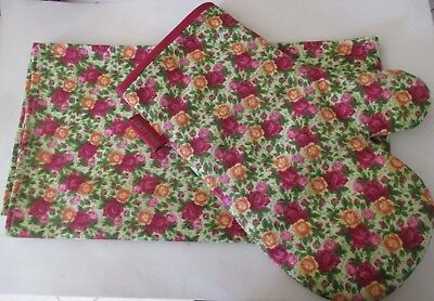 Royal Albert Old Country Roses - Oven Glove & Towel