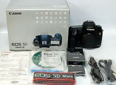 EXC++ Canon EOS 5D Mark III BODY, 2 BATTS, CHARGER, STRAP + BOX, 15K ACTS
