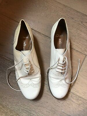 Beautiful Clarks leather cream brogues size 5
