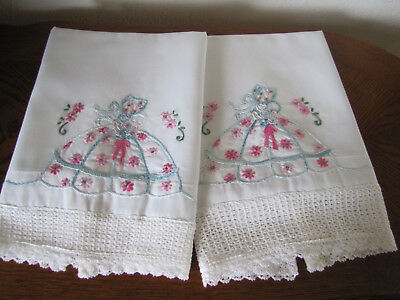 Vintage Pair of Pillowcases Embroidered & Crocheted Southern Belle & Asters Wow