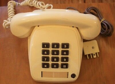Collectible retro Telecom STC 8051 MK 3-B March 1983 Push button Phone
